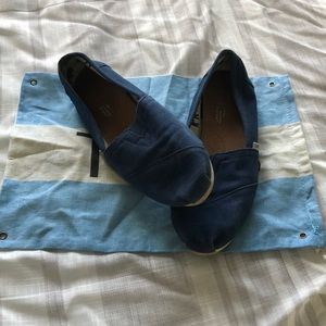 Navy Blue Toms Size 7.5 Women's Preowned